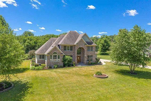 3055 E Ancient Oak Drive, Oregon, IL 61061 (MLS #10763917) :: Ryan Dallas Real Estate