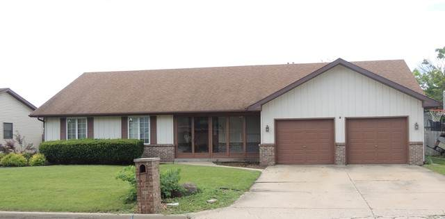 932 30th Street, Peru, IL 61354 (MLS #10764279) :: Property Consultants Realty