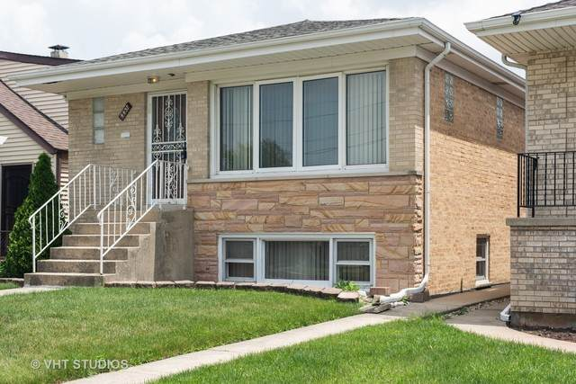 4437 N Sayre Avenue, Harwood Heights, IL 60706 (MLS #10765305) :: Property Consultants Realty