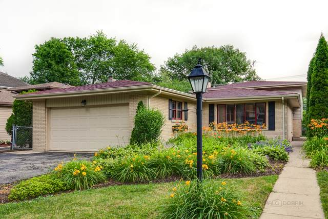 831 S Roosevelt Avenue, Arlington Heights, IL 60005 (MLS #10765510) :: Property Consultants Realty