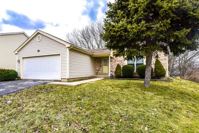 410 E Shag Bark Lane, Streamwood, IL 60107 (MLS #10765825) :: Angela Walker Homes Real Estate Group