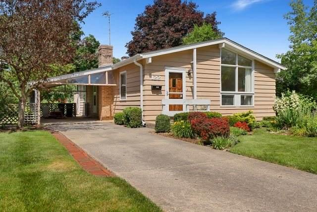 122 N California Avenue, Mundelein, IL 60060 (MLS #10766056) :: Helen Oliveri Real Estate