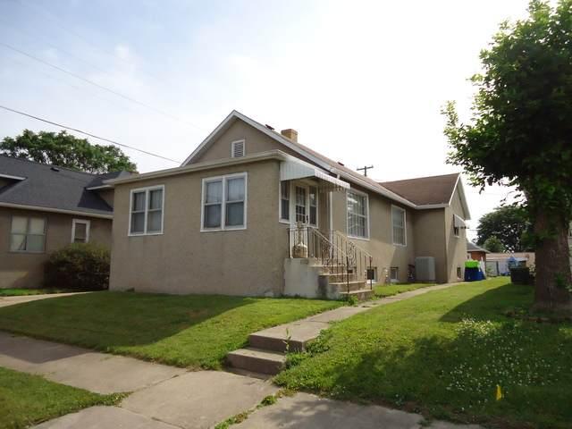 920 Lafayette Street, Lasalle, IL 61301 (MLS #10766229) :: The Dena Furlow Team - Keller Williams Realty