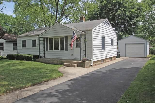 45 S Prairie Avenue, Mundelein, IL 60060 (MLS #10766309) :: Helen Oliveri Real Estate