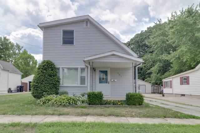 707 E Miller Street, Bloomington, IL 61701 (MLS #10766704) :: Janet Jurich