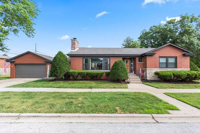 9758 S Hamlin Avenue, Evergreen Park, IL 60805 (MLS #10766793) :: Property Consultants Realty