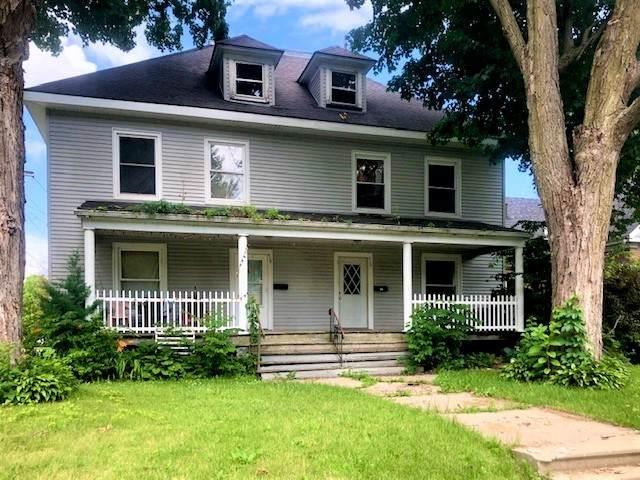 412 7th Avenue, Sterling, IL 61081 (MLS #10766805) :: Helen Oliveri Real Estate
