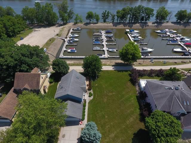 100 Hillsman Lane, Seneca, IL 61360 (MLS #10767036) :: Property Consultants Realty