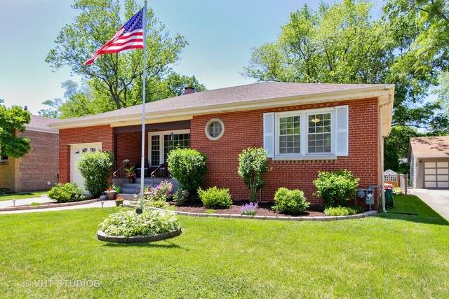 18538 Gladville Avenue, Homewood, IL 60430 (MLS #10767087) :: Property Consultants Realty