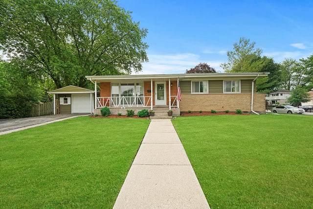 1445 N Douglas Avenue, Arlington Heights, IL 60004 (MLS #10767322) :: Property Consultants Realty