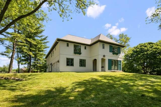 2 Bow Lane, Barrington Hills, IL 60010 (MLS #10768029) :: Angela Walker Homes Real Estate Group
