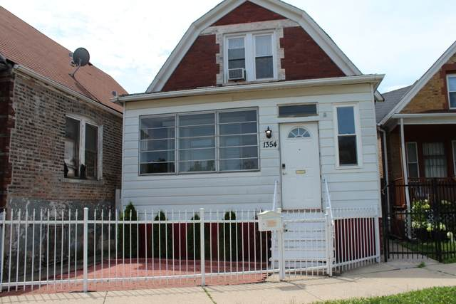 1354 N Monticello Avenue, Chicago, IL 60651 (MLS #10768107) :: Property Consultants Realty