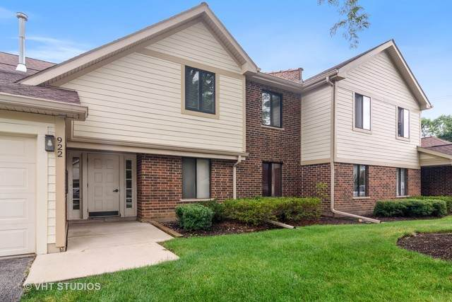 922 E Tower Court #1, Palatine, IL 60074 (MLS #10768386) :: John Lyons Real Estate