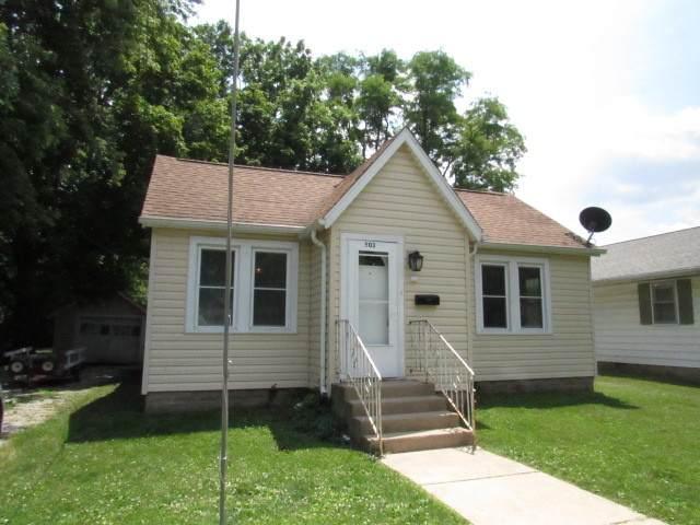503 E Overton Street, Tuscola, IL 61953 (MLS #10768625) :: Lewke Partners
