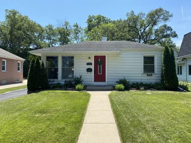 1751 Linneman Street, Glenview, IL 60025 (MLS #10768805) :: Suburban Life Realty