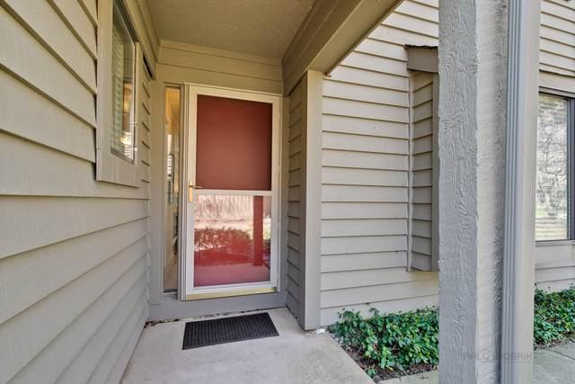 675 Golf Lane #675, Lake Barrington, IL 60010 (MLS #10768814) :: Knott's Real Estate Team