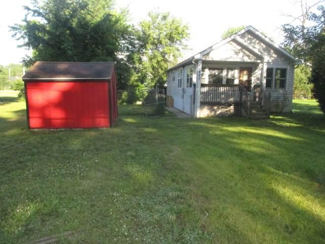 42420 N Lake Avenue, Antioch, IL 60002 (MLS #10768864) :: Ryan Dallas Real Estate