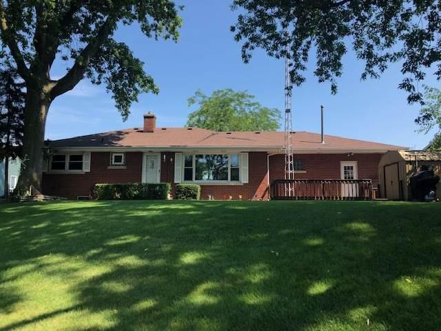 3771 River Road, Kankakee, IL 60901 (MLS #10769208) :: Helen Oliveri Real Estate