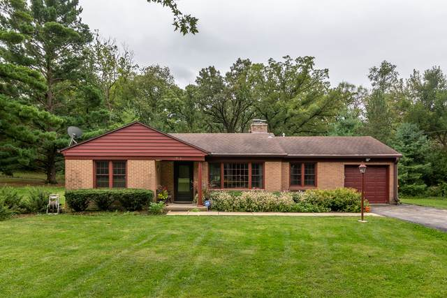 3906 S Cherry Valley Road, Woodstock, IL 60098 (MLS #10769310) :: Property Consultants Realty