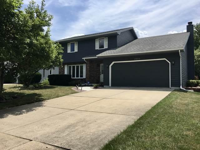 2803 Phillip Place, Bloomington, IL 61704 (MLS #10769325) :: Janet Jurich
