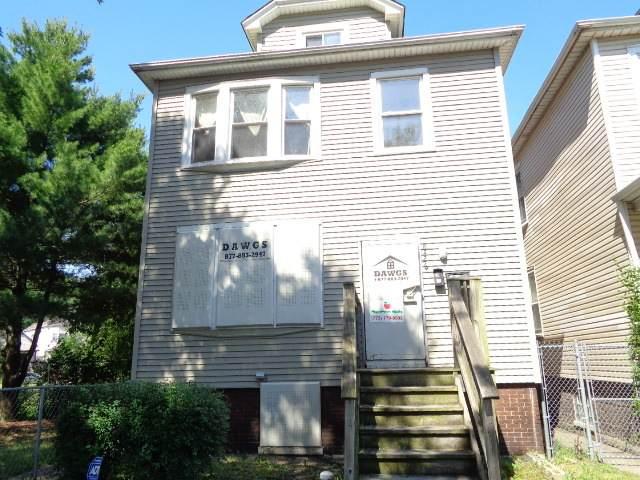 8426 S Brandon Avenue, Chicago, IL 60617 (MLS #10769372) :: Property Consultants Realty