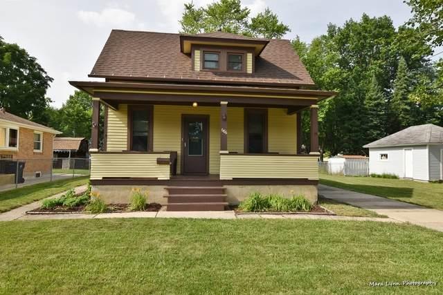 686 Jefferson Avenue, Elgin, IL 60120 (MLS #10769386) :: Touchstone Group