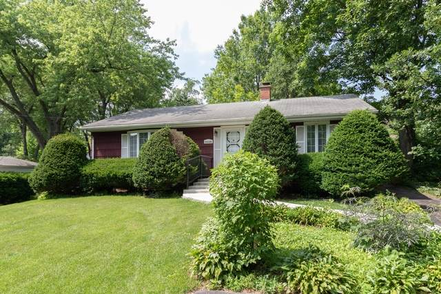 1922 D Curtiss Street, Downers Grove, IL 60515 (MLS #10770274) :: Lewke Partners