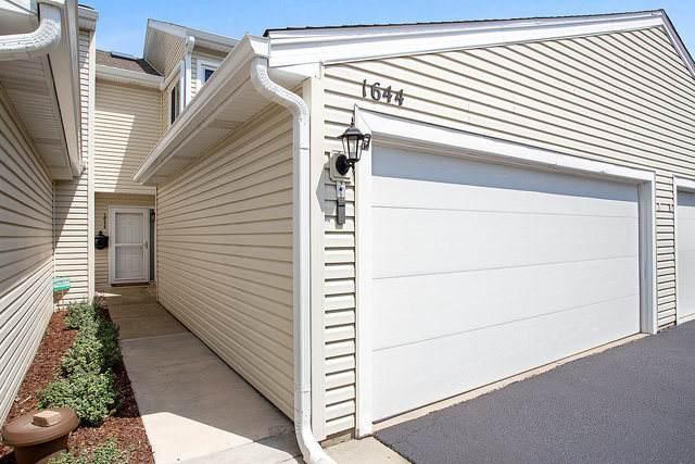 1644 Masters Court, Naperville, IL 60563 (MLS #10770392) :: Helen Oliveri Real Estate