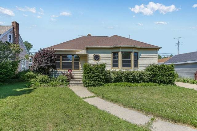 7812 16th Avenue, Kenosha, WI 53143 (MLS #10770870) :: Property Consultants Realty