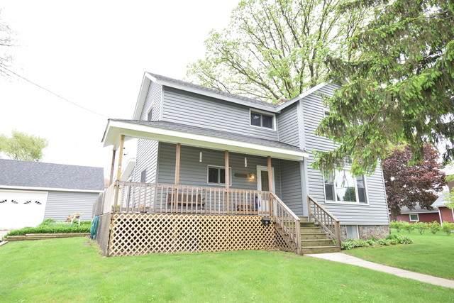 415 W Railroad Avenue, Bartlett, IL 60103 (MLS #10771115) :: Angela Walker Homes Real Estate Group