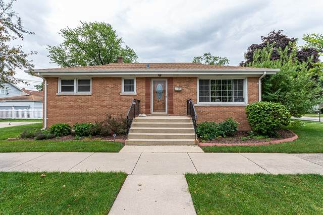 2537 Spruce Street, River Grove, IL 60171 (MLS #10771135) :: Property Consultants Realty