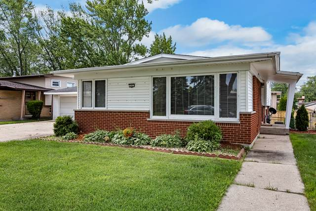 242 Pleasant Drive, Chicago Heights, IL 60411 (MLS #10771219) :: Property Consultants Realty