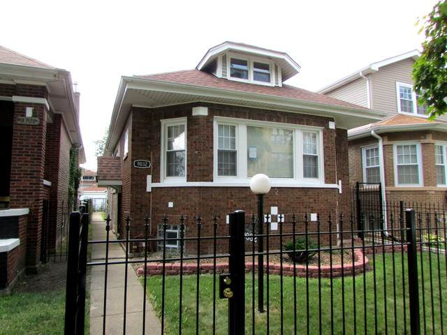 9032 S Throop Street, Chicago, IL 60620 (MLS #10772172) :: Property Consultants Realty