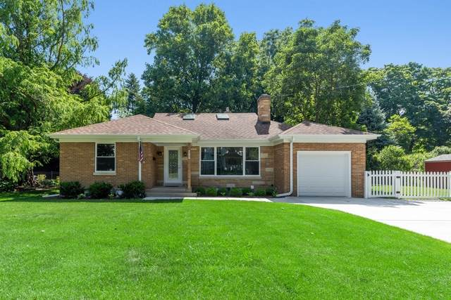 315 N Bothwell Street, Palatine, IL 60067 (MLS #10772699) :: Helen Oliveri Real Estate