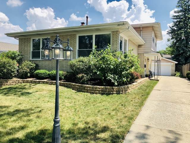 10717 S Kolmar Avenue, Oak Lawn, IL 60453 (MLS #10773082) :: The Dena Furlow Team - Keller Williams Realty