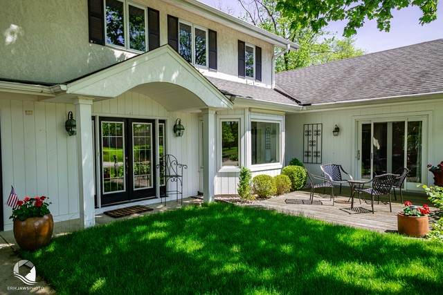 5740 S Jackson Street, Hinsdale, IL 60521 (MLS #10773183) :: Angela Walker Homes Real Estate Group