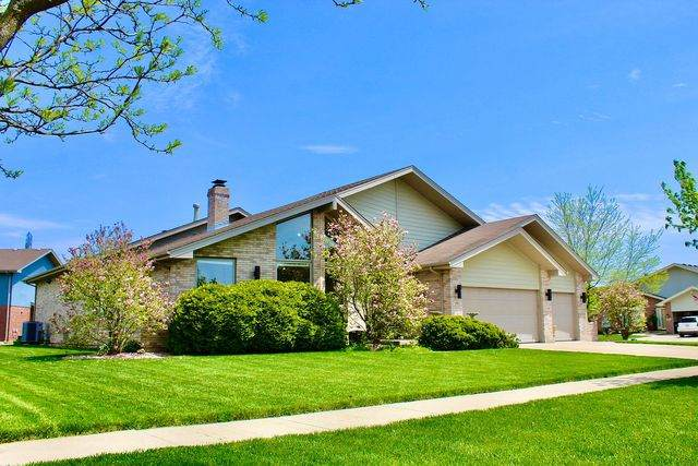19841 Clare Drive, Tinley Park, IL 60487 (MLS #10773351) :: Touchstone Group