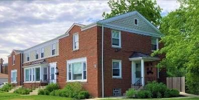5640 W Carmen Avenue, Chicago, IL 60630 (MLS #10773585) :: Property Consultants Realty