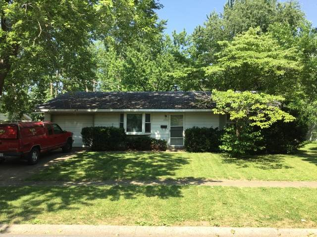 1409 Lincolnwood Drive, Urbana, IL 61802 (MLS #10773625) :: Property Consultants Realty