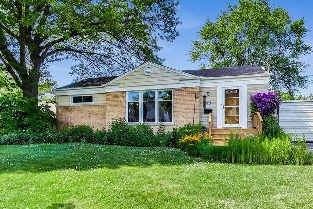 1147 N Hickory Avenue, Arlington Heights, IL 60004 (MLS #10773776) :: Ryan Dallas Real Estate