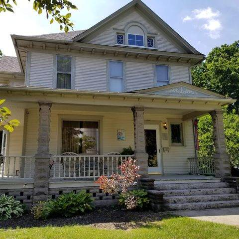 302 N Wesley Avenue, Mount Morris, IL 61054 (MLS #10773793) :: Property Consultants Realty