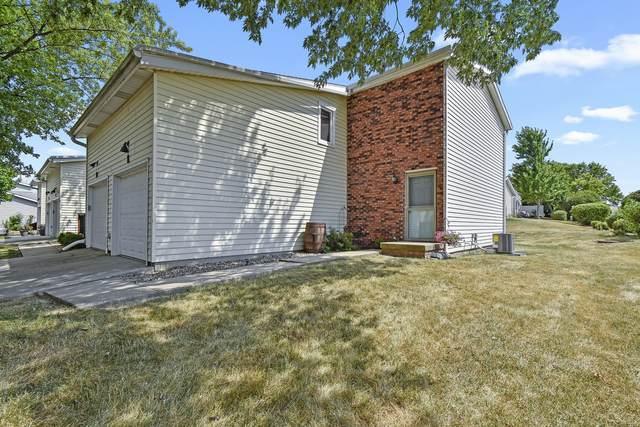 1552 Hunt Drive E, Normal, IL 61761 (MLS #10774457) :: Lewke Partners