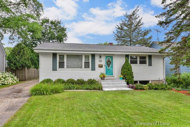 406 S Gables Boulevard, Wheaton, IL 60187 (MLS #10774777) :: The Wexler Group at Keller Williams Preferred Realty