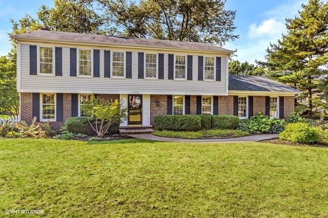 1135 W Chatham Drive, Palatine, IL 60067 (MLS #10775041) :: Property Consultants Realty