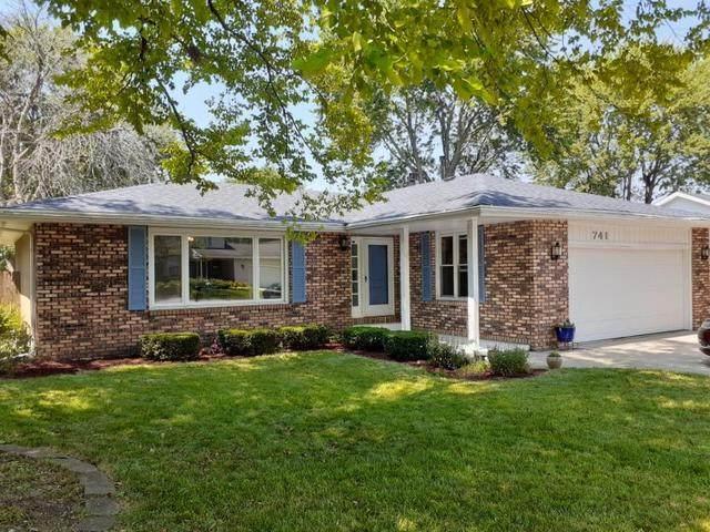 741 Woodstock Lane, Bourbonnais, IL 60914 (MLS #10775321) :: Ryan Dallas Real Estate