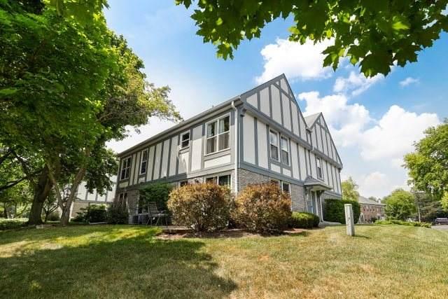 126 W Golf Road B, Libertyville, IL 60048 (MLS #10775623) :: Helen Oliveri Real Estate