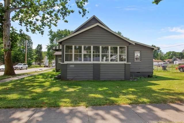 1002 N Morris Avenue, Bloomington, IL 61701 (MLS #10776058) :: Ryan Dallas Real Estate