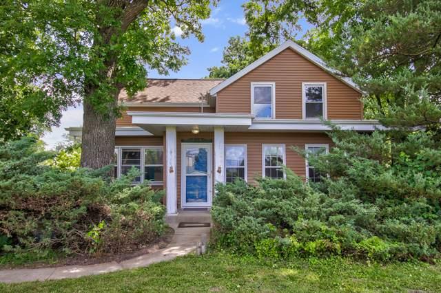 3254 E 5th Road, Lasalle, IL 61301 (MLS #10776187) :: Helen Oliveri Real Estate