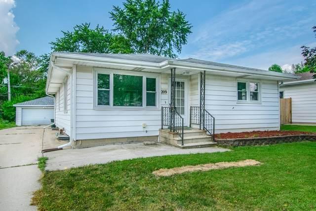 209 Morris Street, Joliet, IL 60436 (MLS #10776406) :: Helen Oliveri Real Estate