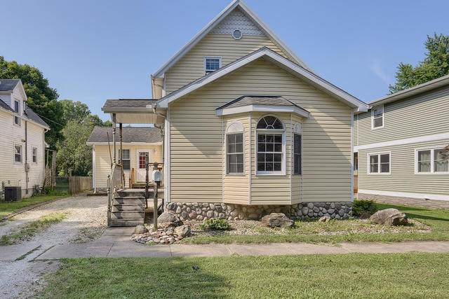 226 E Orleans Street, Paxton, IL 60957 (MLS #10776425) :: Ryan Dallas Real Estate